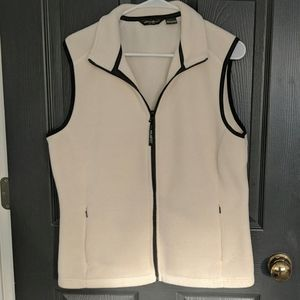 White/cream Eddie Bauer fleece vest